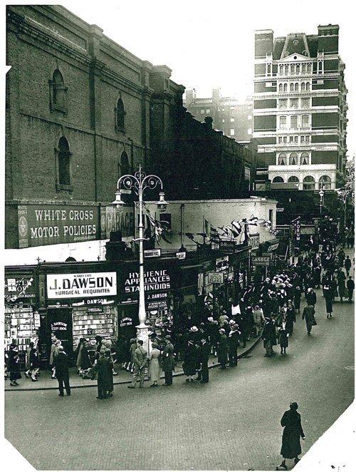 1930s-Villiers-Street