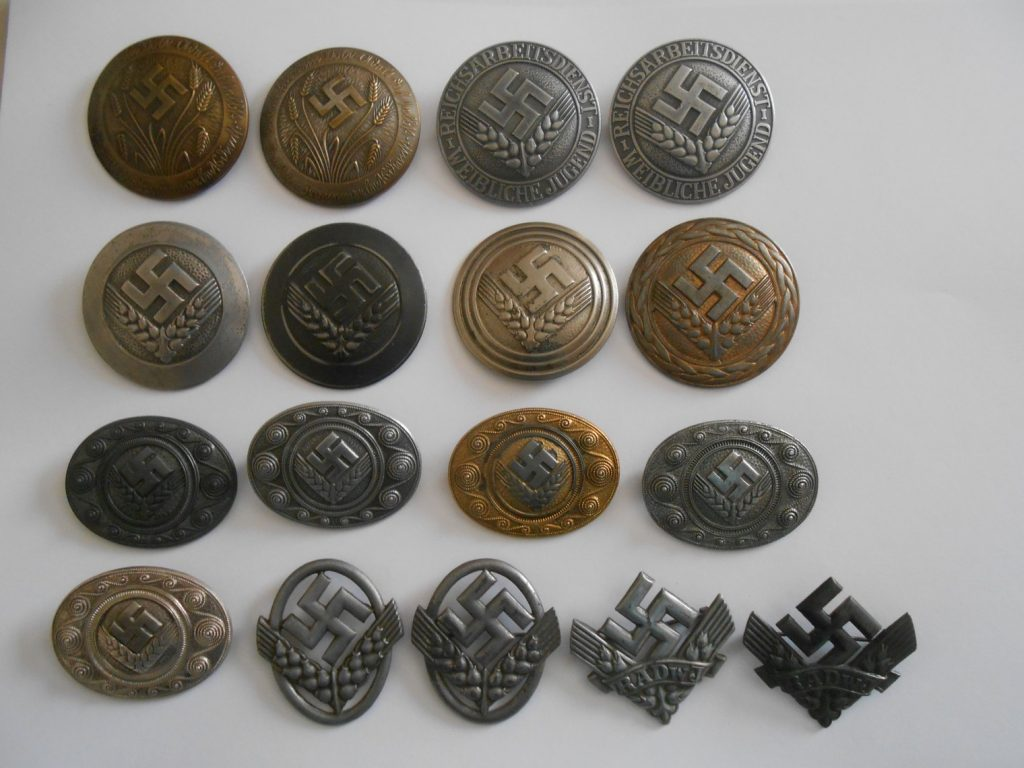 RAD Nazi women badges