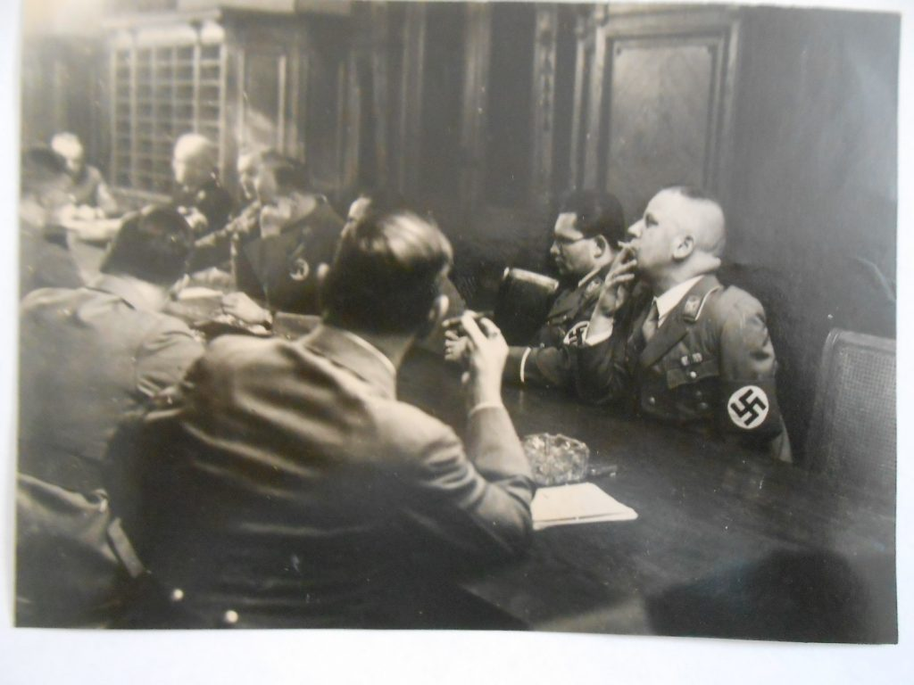 hitler rohm meeting photograph